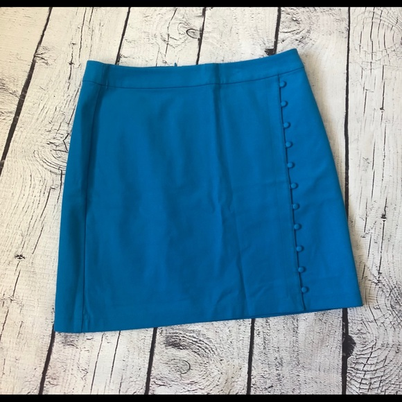 LOFT Dresses & Skirts - Classy blue skirt with buttons